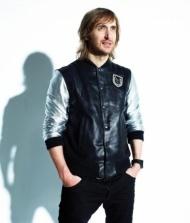 She Wolf (feat. Sia)    David Guetta