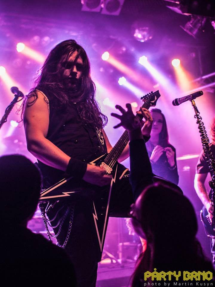 #aliatempora #live #show #stage #onstage  #band #guitarist #guitar #growler #longhair #metal #rock #symphonic #electro #lights #violet #pink