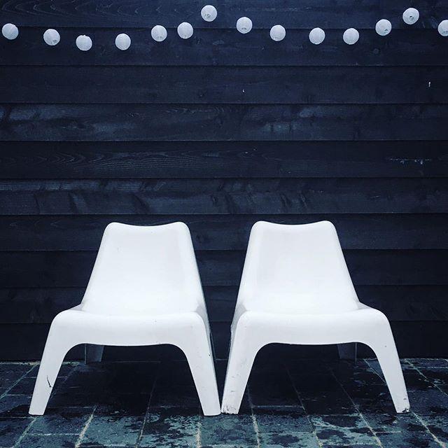 De IKEA PS VÅGÖ tuinstoel bij @vestingmeisje   #IKEABijMijThuis IKEA IKEAnl IKEAnederland inspiratie wooninspiratie interieur wit buiten outdoor tuin balkon zomer lente stoel