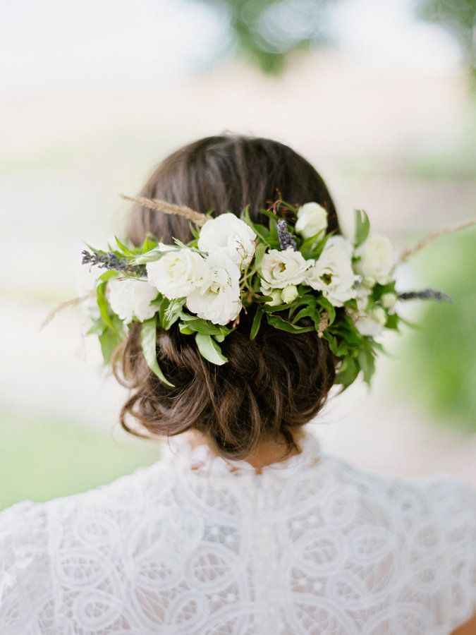 Floral-pinned updo Photography: Ryan Ray - http://ryanrayphoto.com/