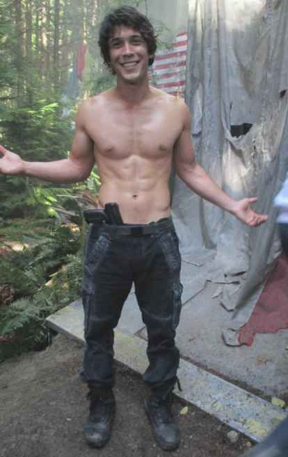 Every time Bob Morley got shirtless on The 100.