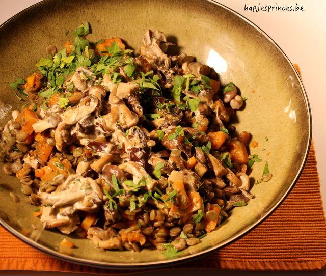 Linzen met ragout van paddenstoelen en zoete aardappel vann Ottolenghi