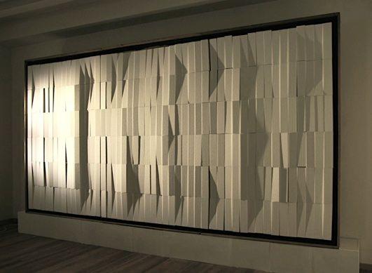 """Strutturazione pulsante"""" realizzata da Gianni Colombo nel 1983"""