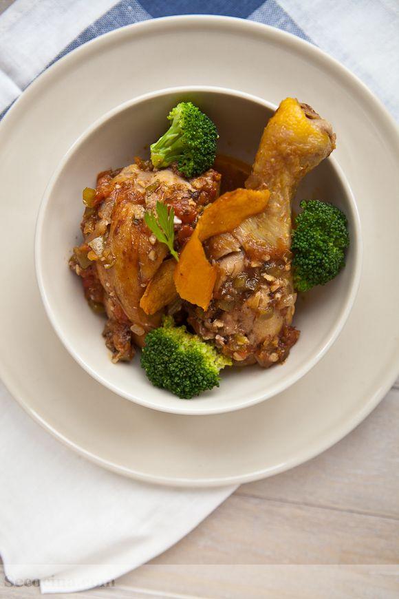 Pollo de corral guisado con tomate secocina - Pollo de corral guisado ...