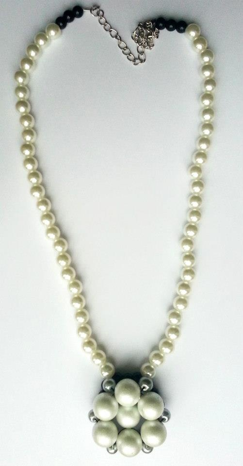 """""""Simplicity"""" necklace with handmade flower pendant created from black, silver and white pearls.    www.facebook.com/SimplicitybyMelanie"""
