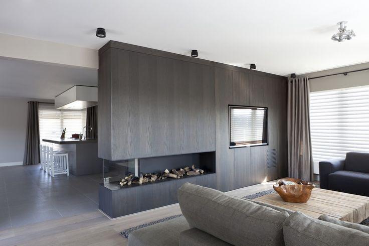 25 beste idee n over doorkijkhaard op pinterest dubbelzijdige open haard tweezijdige open - Moderne interieurarchitectuur ...