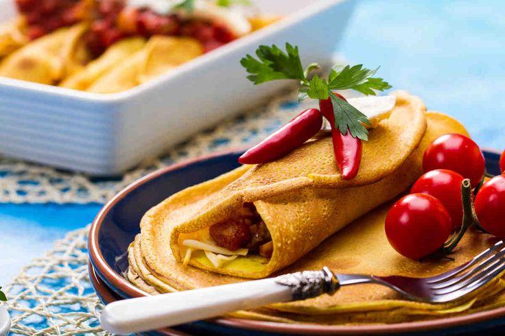 Naleśniki zapiekane z polędwiczkami wieprzowymi - wypróbuj sprawdzony przepis. Odwiedź Smaczną Stronę Tesco.