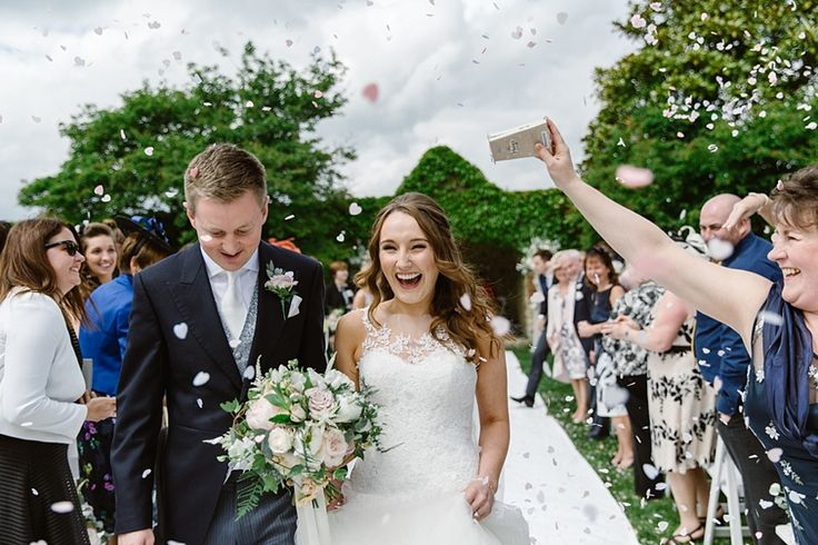 Notley Abbey Wedding.  Flowers by Wild Orchid.  Photography by Natalie J Weddings