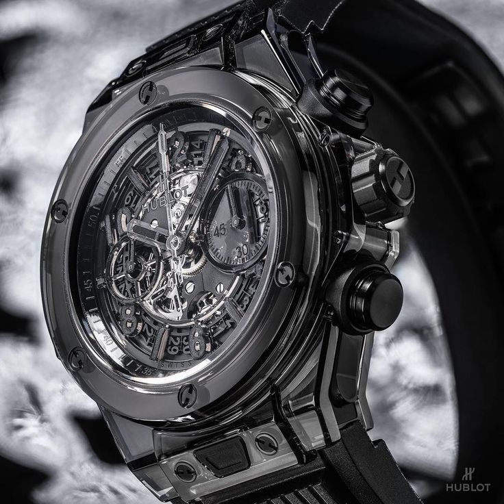 The All Black becomes completely transparent. New Hublot Big Bang Unico All Black Sapphire.