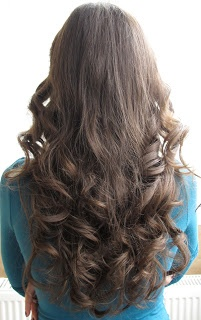 Curling hair without heat