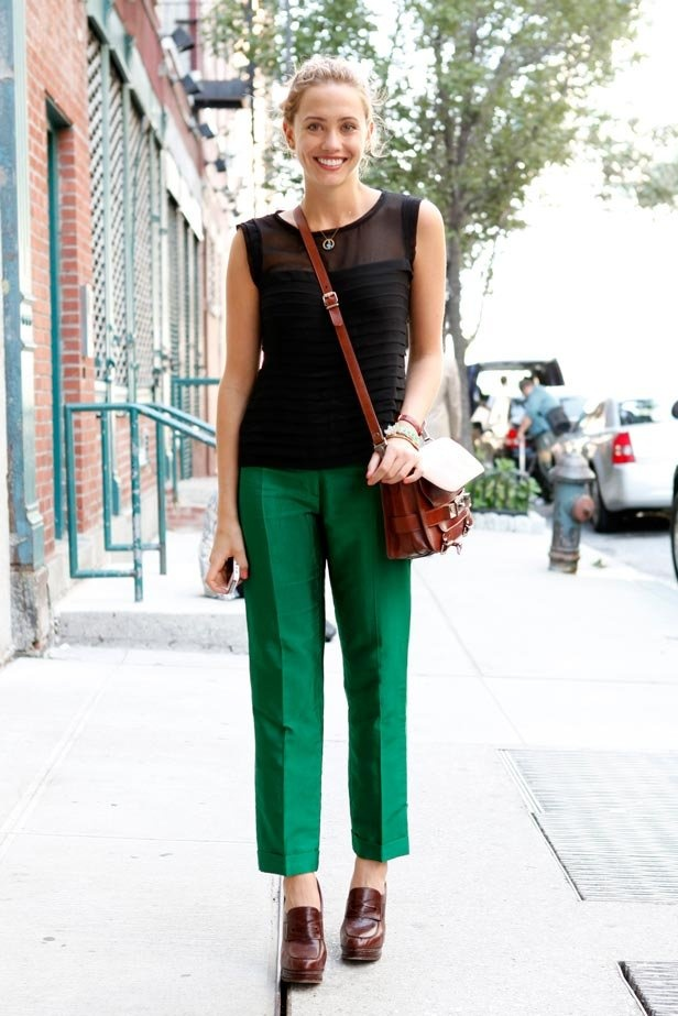 Green pants for a working Monday! #w2wt #fashspiration #work #fashion