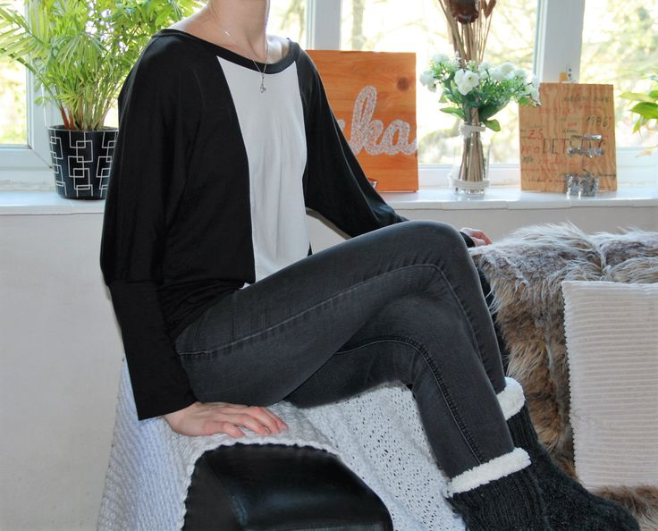 Batwing top/black and white top/color block top/bamboo top/organic top/ A personal favorite from my Etsy shop https://www.etsy.com/uk/listing/262289171/black-and-white-top-bamboo-top-organic