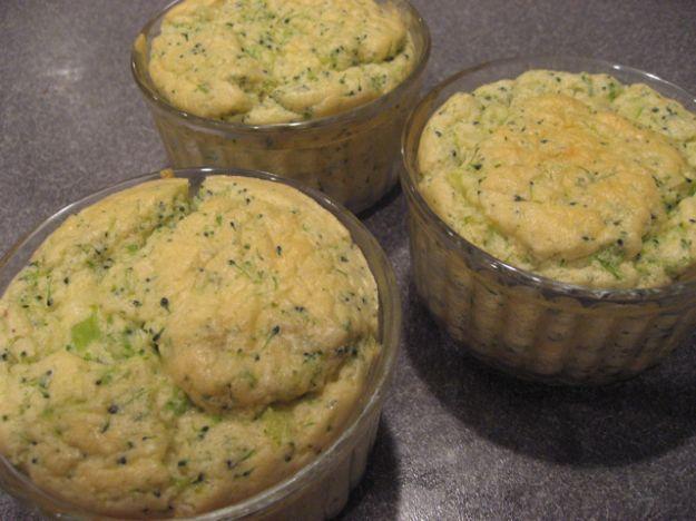 Sformatini di broccoli con crema di formaggio