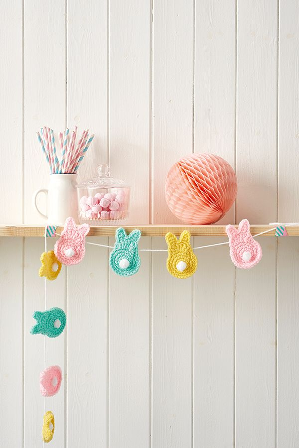 Crochet bunnies Easter garland | Crochet pattern