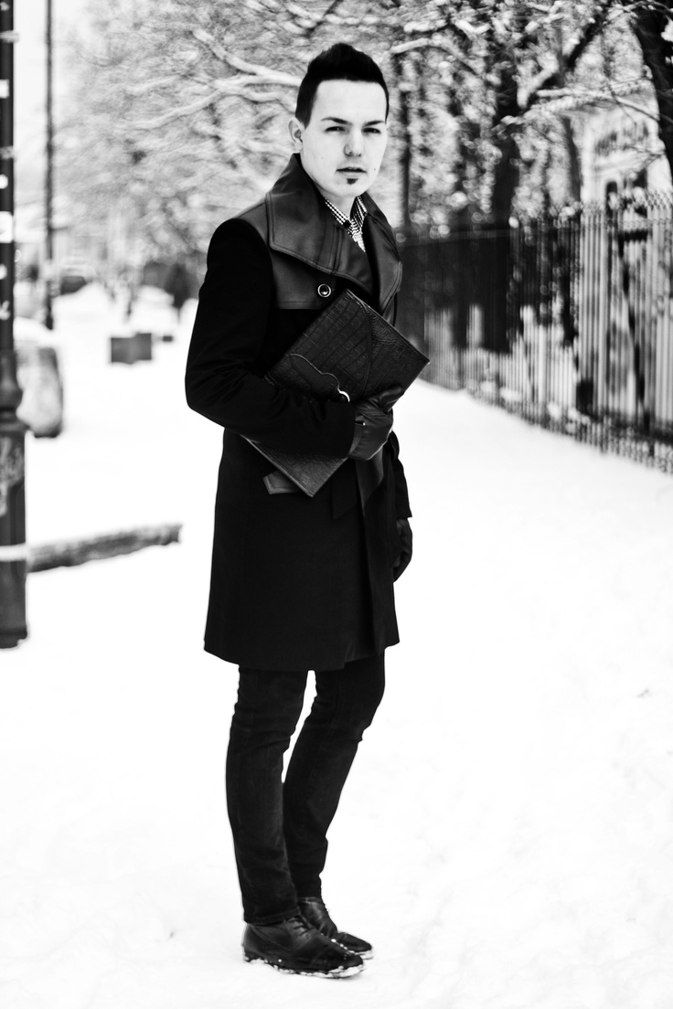 The coat of my life -   http://www.modasicevamaimult.blogspot.ro/2013/01/outfit-post-perfect-trench-coat.html