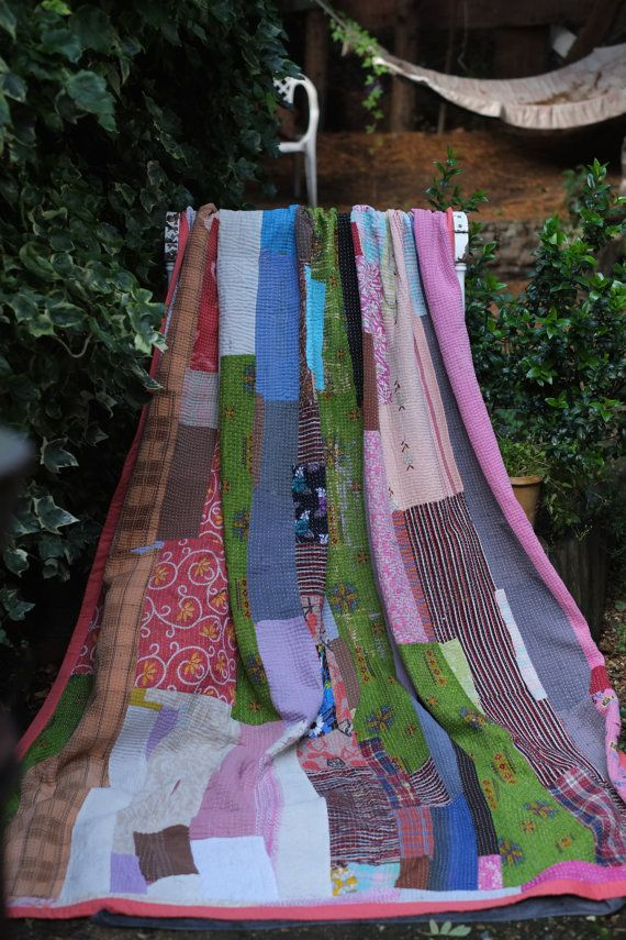 Kantha Quilt ,Sari throw, Sari Blanket, Pink Kantha Blanket,  Kantha Throw, Indian Quilt, Coverlet, Ralli Quilt,Kantha