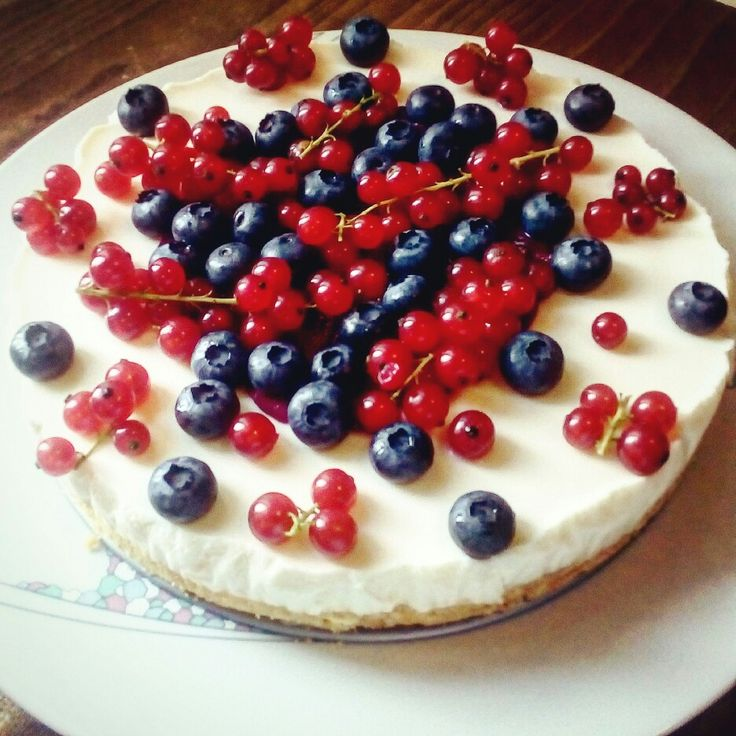 Cheesecake ai frutti di bosco con topping 😍 #cheesecake #handmade #gnam 😍💗🍰👏