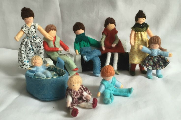 VINTAGE DOLLS HOUSE HALFPENNY DOLLS FAMILY BENDY SUIT LUNDBY BARTON L9 | eBay