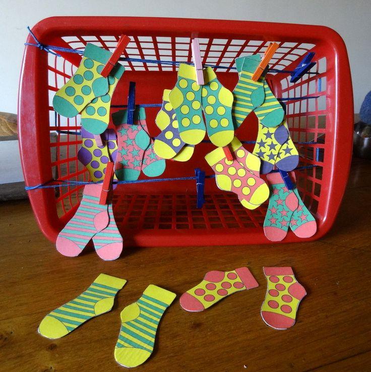 enfants jeux des paires de chaussettes bricolage recyclage crochet et diy pinterest. Black Bedroom Furniture Sets. Home Design Ideas