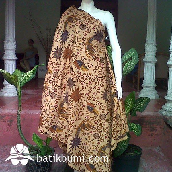 Kain Batik motif lawasan Debyah dengan sistem pembatikan menggunakan metode batik cap kombinasi batik tulis. Motif kain elegan dan nyaman dipakai,krn menggunakan bahan dengan kualitas premium.