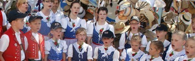 Suiza ofrece 10 mil dolares para que alguien quite a DIOS de la letra del himno nacional.
