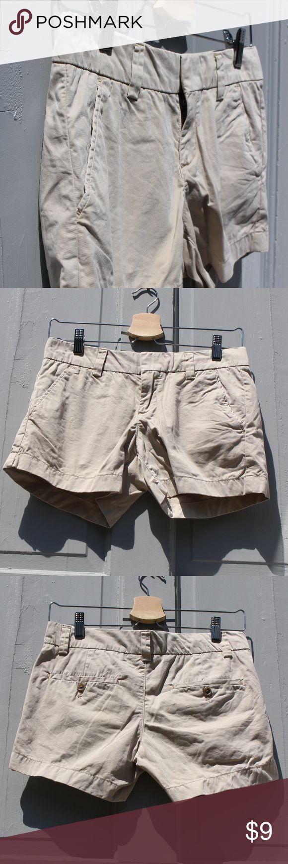 """EUC Uniqlo Natural Beige Chino Shorts Perfect everyday chino shorts by Uniqlo, purchased in Tokyo. Very comfortable. 100% Cotton. Gently worn and washed only a few times. Excellent condition. Measurements: Inseam 4"""", Rise 8.5"""". 15"""" at waist laying flat. Japanese size 61cm, fits like US size 0.  Sorry, no trade! Uniqlo Shorts"""