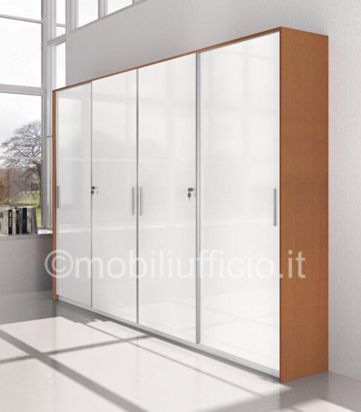 comp. CA063 - #armadio #archivio per #ufficio #operativo o #direzionale con ante #scorrevoli in #vetro e serratura.