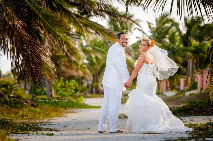 Destination 3wedding in San Pedro, Ambergris Caye, #Belize #WeddingPhotographer