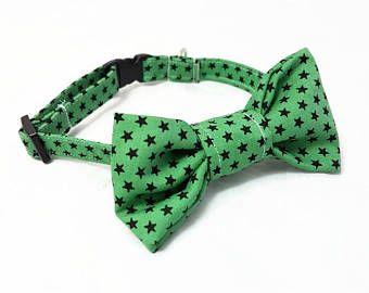 "Cat Bow Tie Collar - Halloween - ""Witchcraft"" - Emerald Green/Black Stars - Safety Buckle/Breakaway - Soft Cotton Cat Bow Tie Collar"