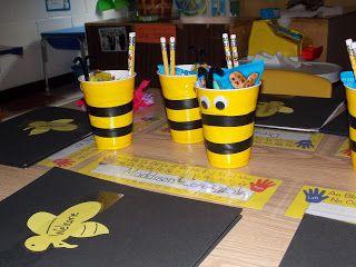 Meet the Teacher Bee Attitude theme and classroom set up