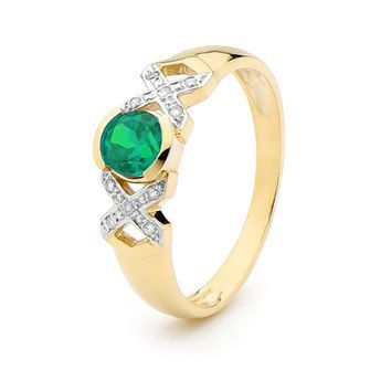 Buy our Australian made Kiss Hug Kiss Ring, with Emerald and Diamond - BEE-25376-G online. Explore our range of custom made chain jewellery, rings, pendants, earrings and charms.