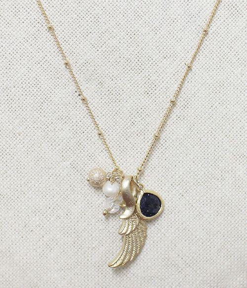 Angel Necklace #Golden #Necklace #Angel #Handmade #SouthKorea #Hip