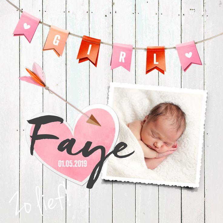 Feestelijk geboortekaartje met vlaggetjes, hout, hartjes en foto. Pas de tekst in de vlaggenlijn makkelijk aan naar je eigen tekst!