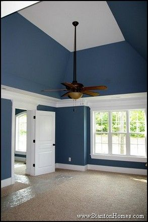 25 best ideas about vaulted ceiling bedroom on pinterest for Vaulted ceiling paint ideas