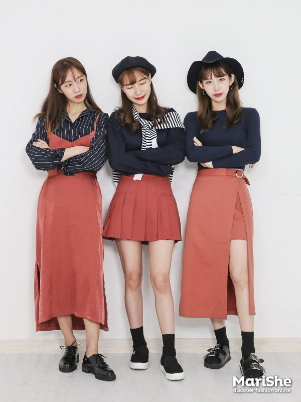 Similar Look by Color The Similar Look: Popular fashiont trend in KoreaTwinning with your girlfriends without actually looking like twins      Pastel Pink    Pastel Blue    Blue/Denim    Navy    Red