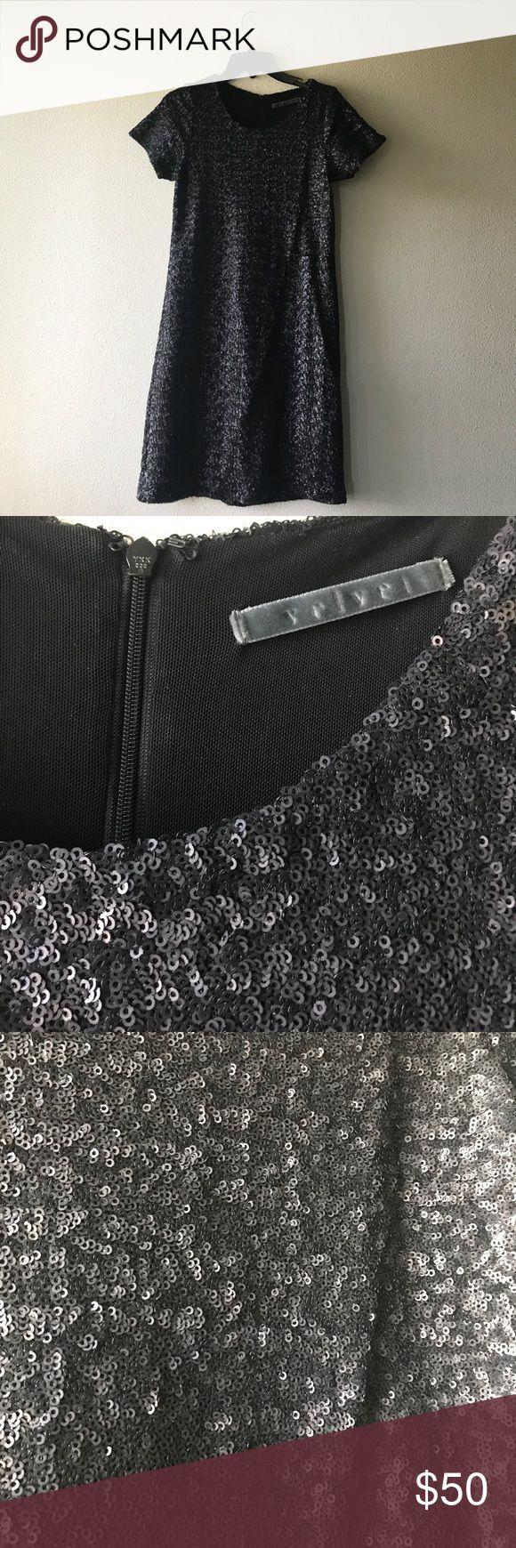 Velvet by Graham & Spencer Sequin Dress Velvet by Graham & Spencer Short Sleeve Sequin Shift Dress. Size Petite. Velvet by Graham & Spencer Dresses Mini