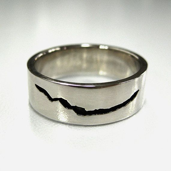 Dr Who inspired Crack in Space and Time Ring Sterling Silver with engraving