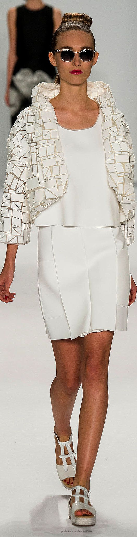 Carolina Herrera Spring 2015 | The House of Beccaria~