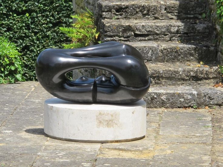 Agustin Cárdenas Coquille Brisée, 1968 nero del Belgio, cm 47x55x91