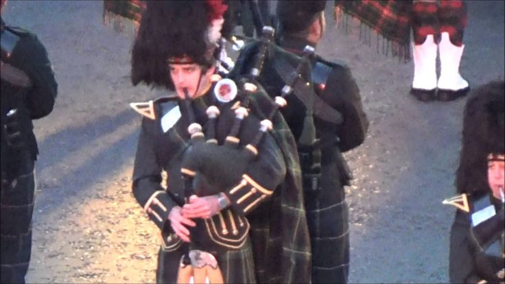 Royal Edinburgh Military Tattoo Massed Pipes and Drums 2015