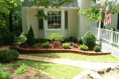 17 best images about retaining walls on pinterest for Wooden flower bed ideas