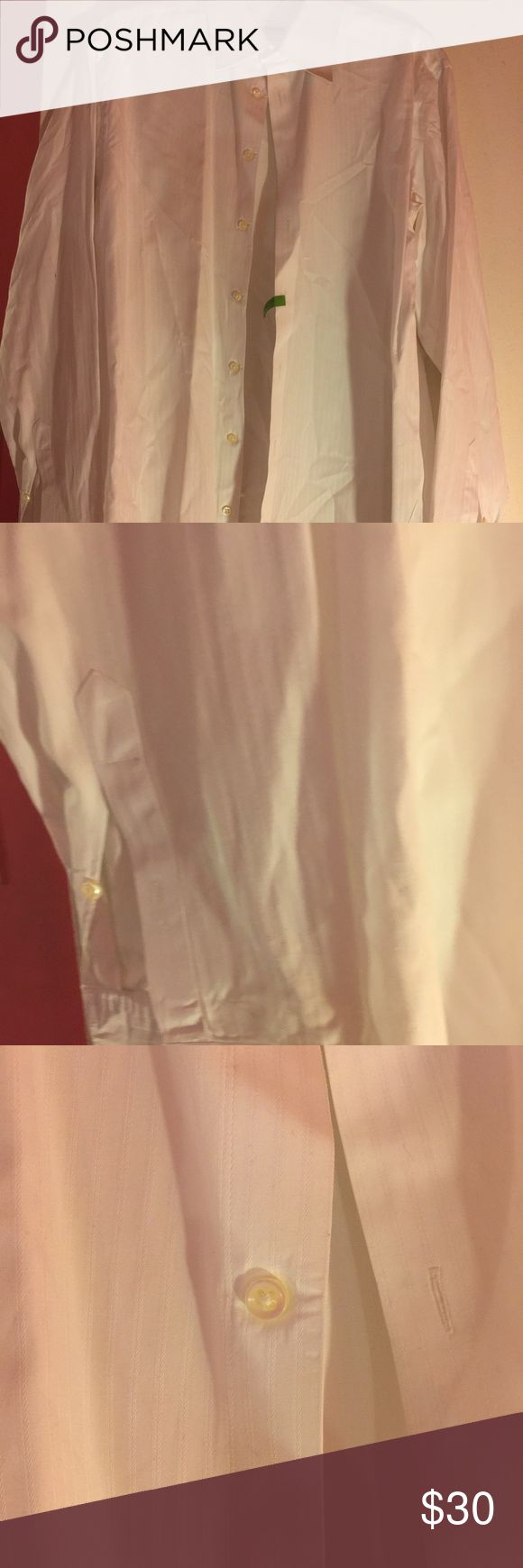 WHITE ARMANI SHIRT 41-16 LARGE WHITE ARMANI SHIRT IN EXCELLENT SHAPE WILL NEED TO DRY CLEAN ❤️️❤️️❤️️❤️️ armani Shirts Dress Shirts