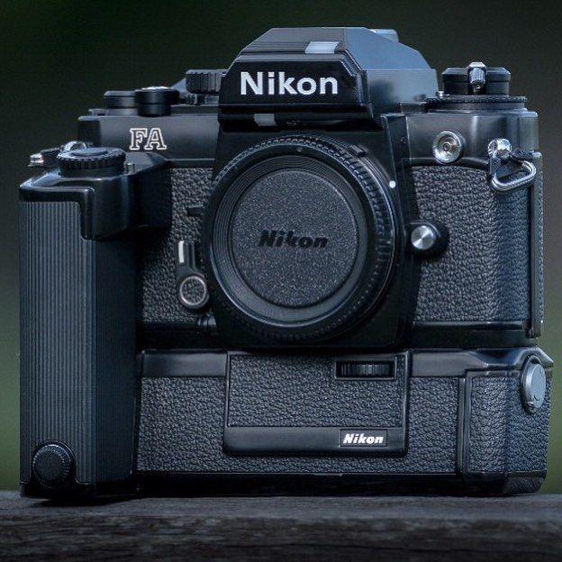 A gorgeous Nikon setup here from @nordic_lens_photography The Nikon FA 35MM SLR #Nikon #nikonfa #nikonf #nikkor #nikonslr #film #filmslr #filmcamera #filmcamerasinternational #camera #vintage #vintagecamera #35mm #slr #nikkormat