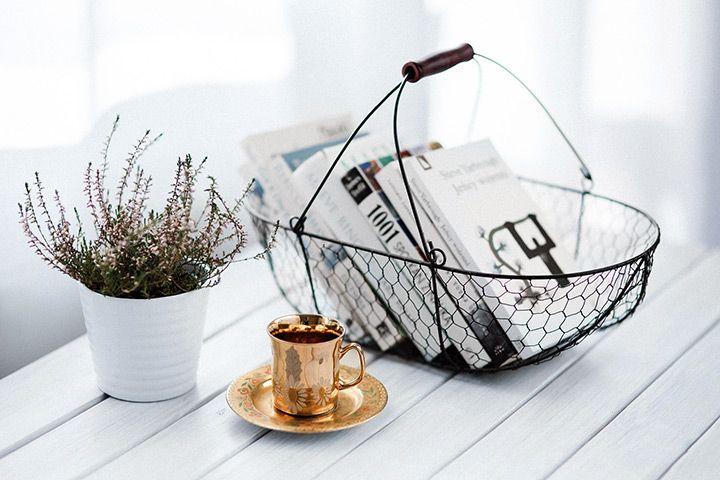 O carte buna merge cu un ceai aromat
