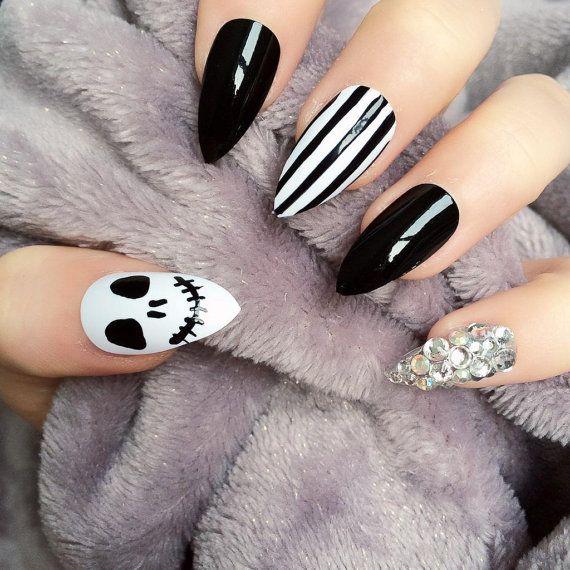 Doobys Stiletto Nails - Skeleton Stripes Jack - 24 Hand Painted Nails gothic