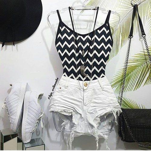 Shorts + body = verão