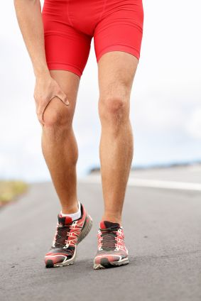What Are The Causes Of Patellofemoral Pain Syndrome or Runners Knee? - What is Patellofemoral Pain?Runner's Knee pain - running sport injury #patellofemoral #pain #syndrome FREE Video Training http://tridoshawellness.com/knee-pain-video-training