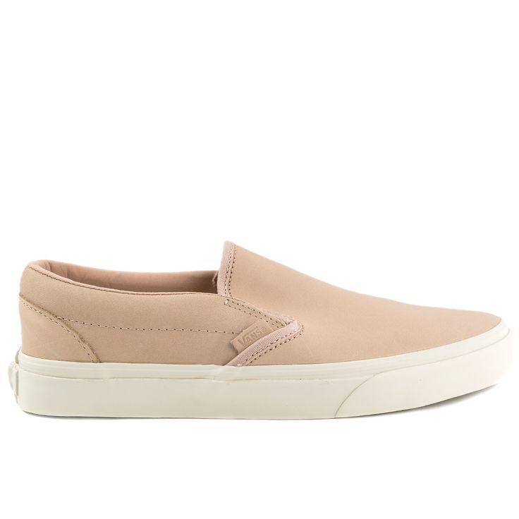 Women's Sizing The Veggie Tan Leather Classic Slip-On DX features the iconic Vans slip-on style with deluxe leather uppers, UltraCush sock liners for long lasting comfort, padded collars, elastic side
