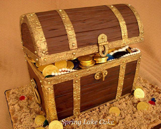 Treasure Chest Cake  by springlakecake, via Flickr