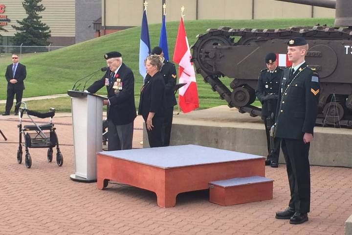 Canadian veterans gather to mark 75th anniversary of raid on Dieppe in France     https://goo.gl/JtokL6